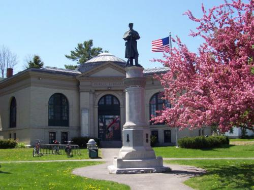 Friends of Pittsfield Library